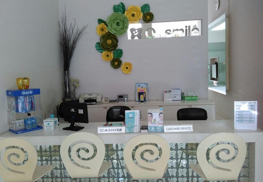 Reseptionis O-Smile Cabang Semarang