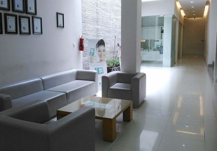 Ruang Tunggu O-Smile Semarang